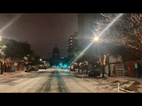 Walking up Congress Street to the Austin capital